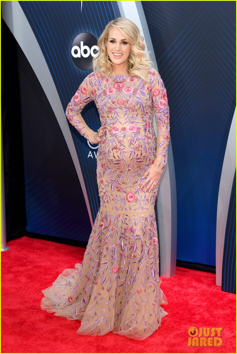 Carrie Underwood Amp Mike Fisher Cma Awards