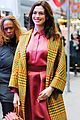 anne hathaway shows style at good morning america 02