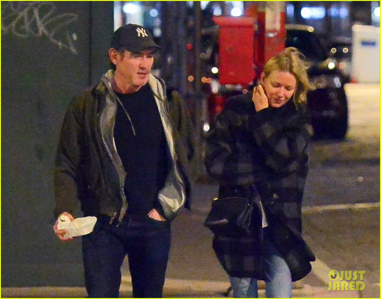Who is katy perry currently dating billy crudup
