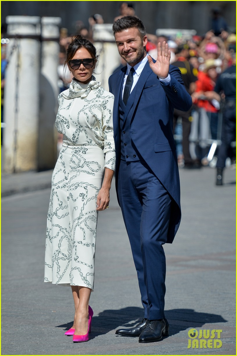 david and victoria beckham look so sharp at friends wedding in spain 014310238