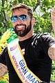 ricky martin leads puerto rican day parade in nyc 01