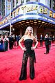 tony winners sutton foster laura benanti kelli ohara hit the carpet at tonys 01