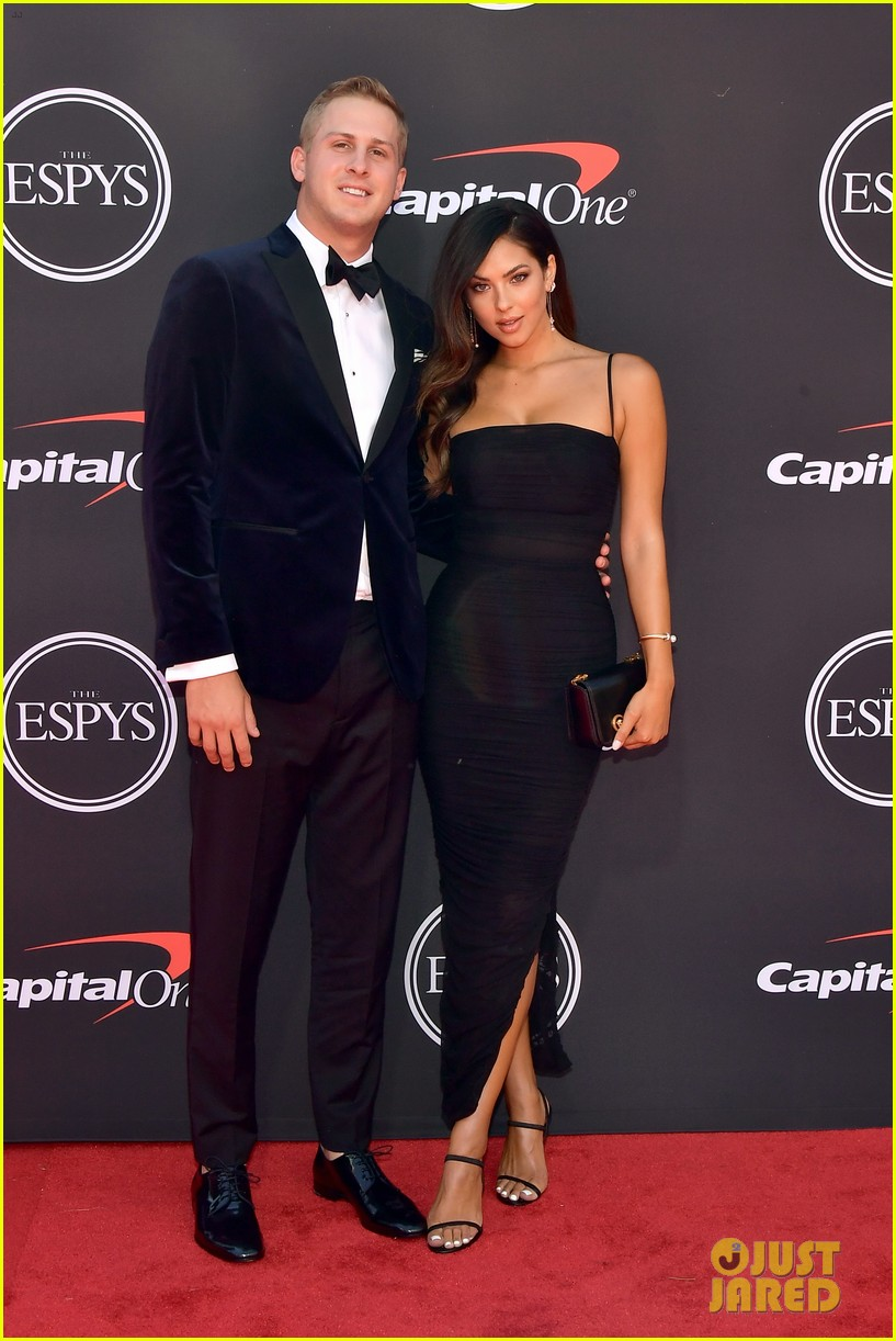 Rams Quarterback Jared Goff Model Christen Harper Confirm Their Relationship On The Red Carpet Photo 4321061 Christen Harper Football Jared Goff Pictures Just Jared