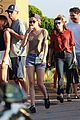 kristen stewart emma roberts out for lunch 04
