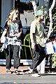 heidi klum tom kaulitz share kiss at lunch 05