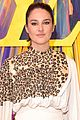 shailene woodley maisie williams cool style louis vuitton reopening 02