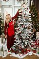 busy philipps is getting into the holiday spirit wit michaels 03