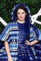 shailene woodley the fashion awards 2019 02