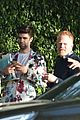 see which stars attended jesse tyler ferguson baby shower 01