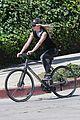 chris pine annabelle wallis bike ride 08