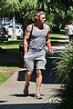 dax shepard steps out wearing a cast 28