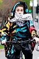usher carries his dog bike ride girlfriend jennifer giocoechea 02