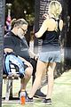 russell crowe britney theriot tennis match 68