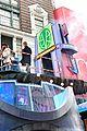 macys thanksgiving day parade celebs 31