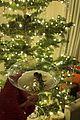 kardashian jenner christmas eve dinner 05