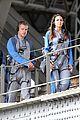 matt damon climbs sydney harbour bridge 03