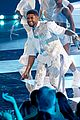 usher medley of hits at iheartradio awards 08