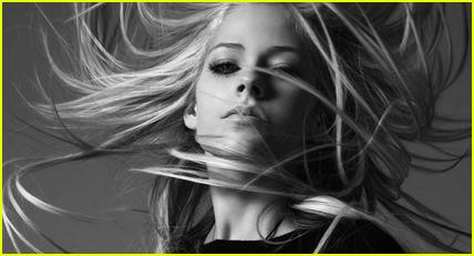 Avril Lavigne Modeling