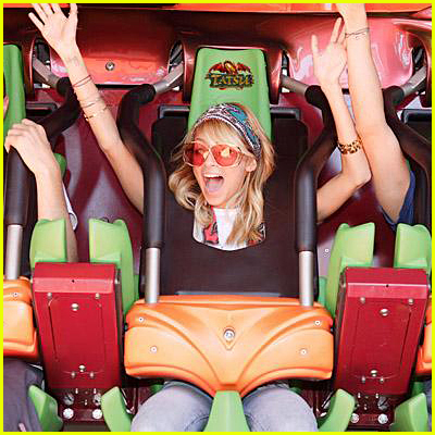 Nicole Richie Rides Six Flags Roller Coaster