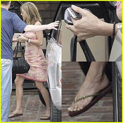 Jennifer Aniston... in PINK Dress