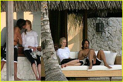Nicole Kidman & Keith Urban's Honeymoon Kiss