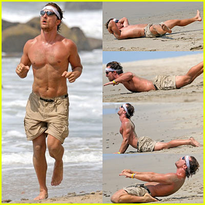 Shirtless Matthew McConaughey Exercising