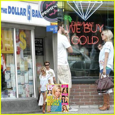 Tori Spelling: Dollar Store Shopping