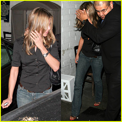 Jennifer Aniston Eats Sushi Roku