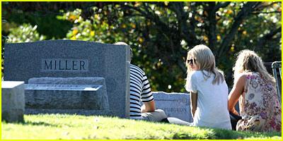 http://cdn02.cdn.justjared.comsienna-miller-cemetery.jpg
