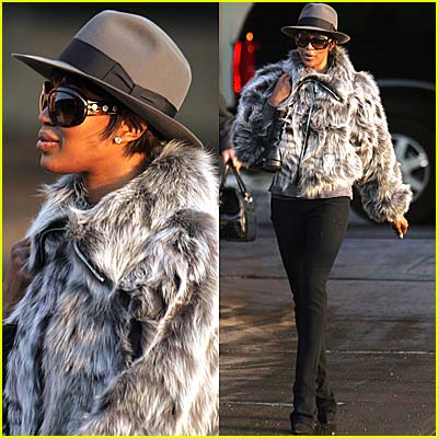 Naomi Campbell Reports for Sanitation Duty... in a Fur Coat