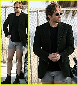 David Duchovny Drops His Pants