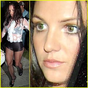 Britney dress green spear upskirt