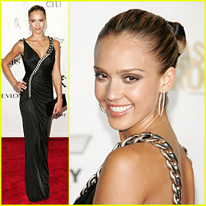 Jessica Alba @ Fashion Rocks 2007