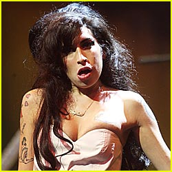 Amy Winehouse: ARRESTED!
