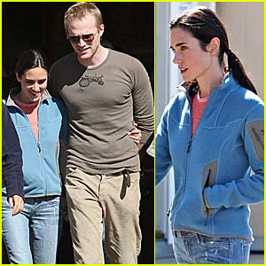 Jennifer Connelly is Just Not That Into You