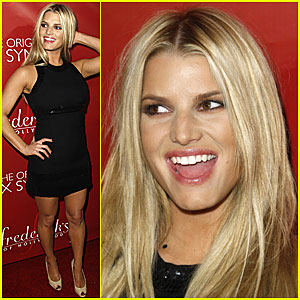 Jessica Simpson @ Frederick's of Hollywood