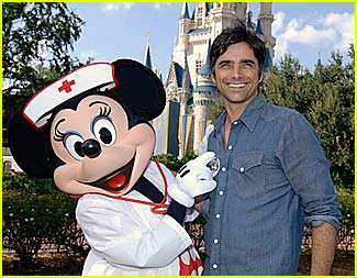 John Stamos is a Disney World Doc