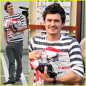 Orlando Bloom is Camera Ready