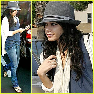Vanessa Hudgens' Physical Therapy Visit