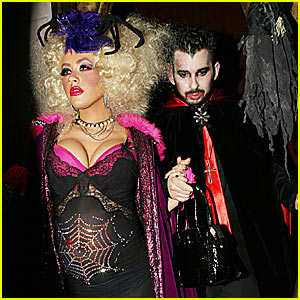 Christina Aguilera is a Spider Queen
