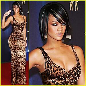 Rihanna is one fierce sex kitten in a leopard-print Dolce & Gabbana gown at ...