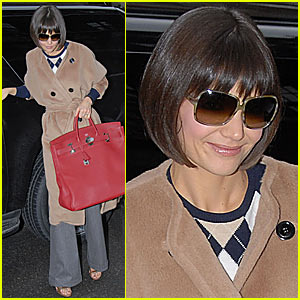 Katie Holmes Loves Big Red