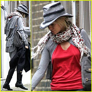 Sienna Miller Hires Professional Dog Walker