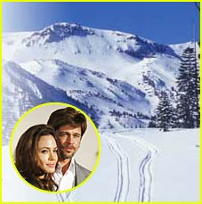 Brad &#038; Angelina Hit Mammoth Mountain