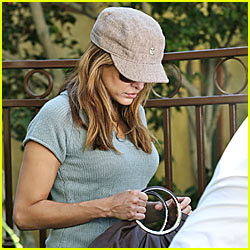 Eva Mendes: Rehab Break!