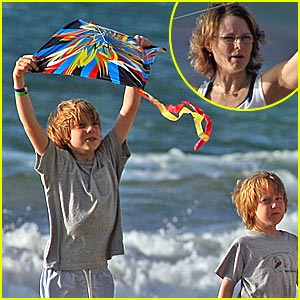 Jodie Foster: Let's Go Fly a Kite!