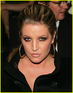 Lisa Marie Presley Scolds Media, Announces Pregnancy