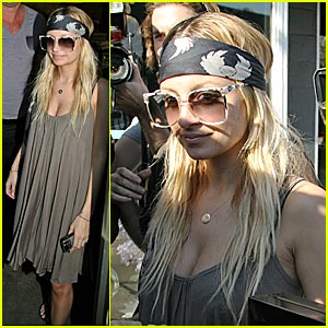 Nicole Richie Preps Birthday Bash