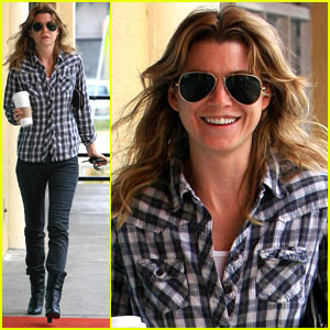 Ellen Pompeo is a Plaid Princess