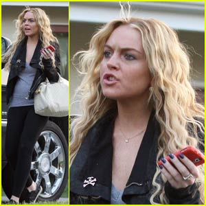 Lindsay Lohan is Harried at the Hair Salon